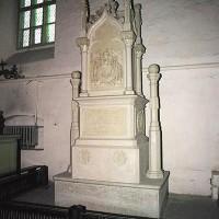 Надгробие И.Ф. Крузенштерн